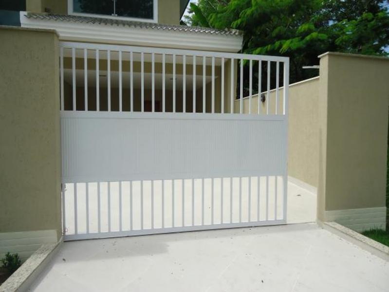 Comprar Portão de Alumínio Branco de Correr Jardim Santa Terezinha - Portão de Alumínio com Motor