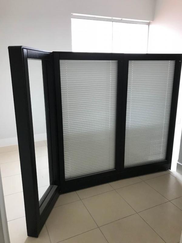 Quanto Custa Esquadria em Alumínio Preto Vila Guilherme - Esquadria para Vidro Temperado