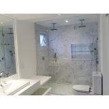 divisória de vidro para banheiro