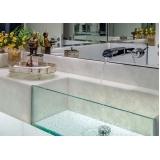 móveis de vidro para banheiros